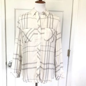 Romeo + Juliet Couture Gray/White Flannel Shirt